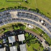 Além de estacionamento da UFPR é também a maior usina pública de energia solar do Paraná
